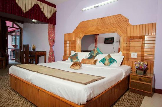 New Kenilworth International: Honeymoon suite