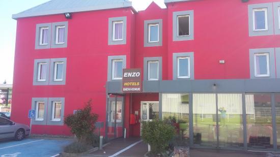 Enzo Hotels Mulhouse: Fachada do hotel