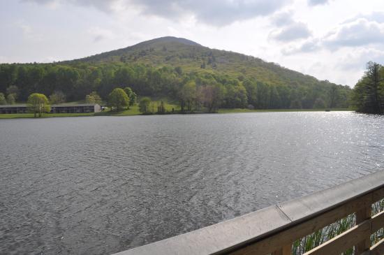 Bedford, VA: The lake