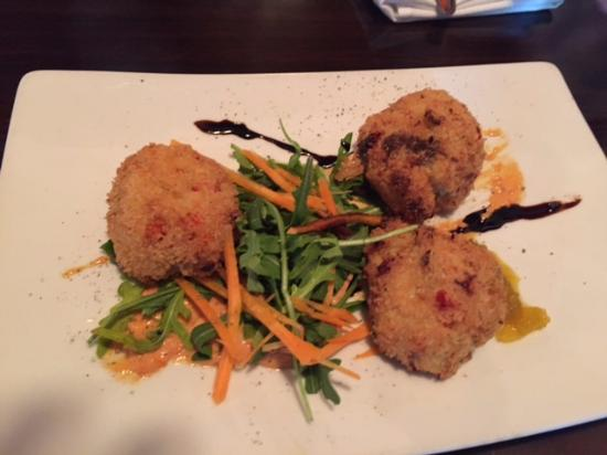 Seahorse Grill: Lobster cakes