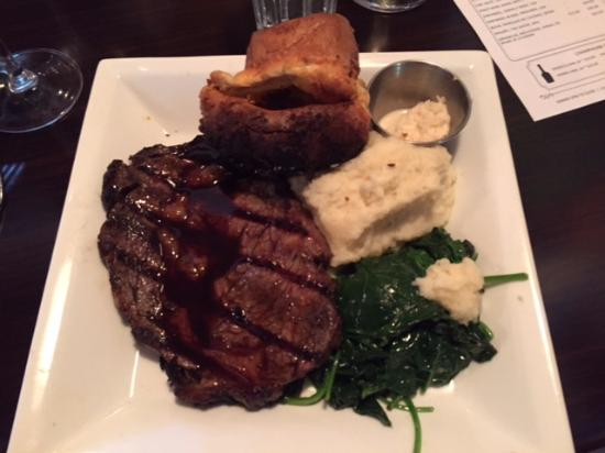 Seahorse Grill: Prime Rib (Sunday's only)