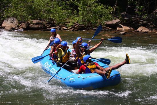 Ducktown, TN: Black Folks Adventures taking on Lake Ocoee