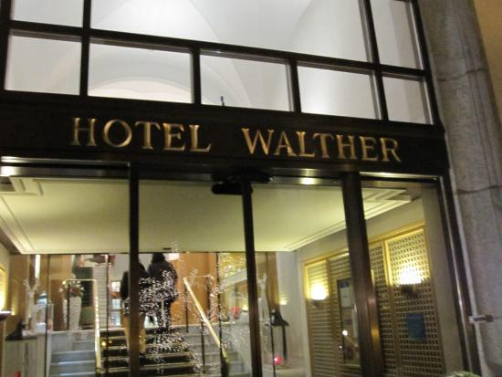 Hotel Walther: Entrance to hotel