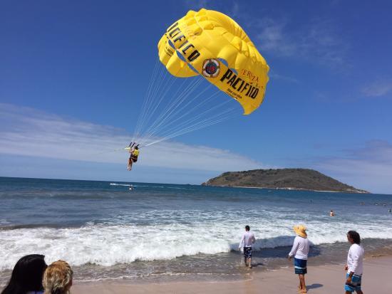 Aqua Sports Center and Scuba Dive: Ally taking off for her ride over Mazatlan!
