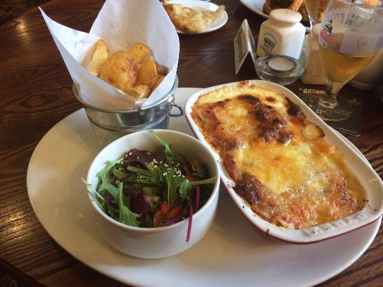 Goosnargh, UK: Fabulous lasagne