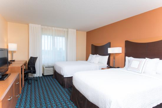 Fairfield Inn & Suites Omaha Downtown: Two Double Beds