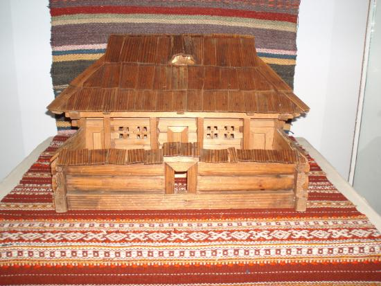 Kosovo Museum of Folk Art and Life Gutsulshhiny