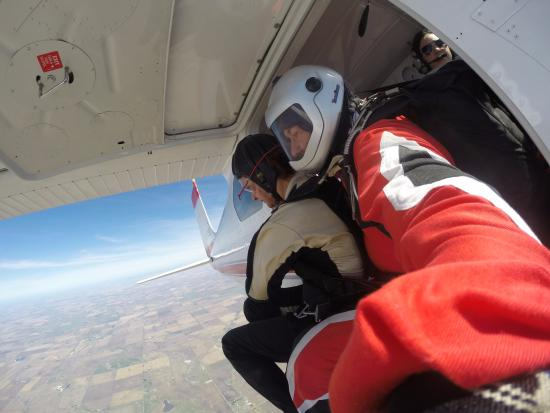 Beiseker, Canadá: Just before jumping!