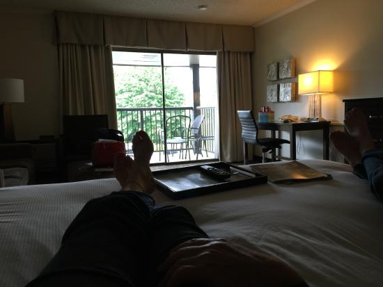 The Valley River Inn: chilling in the clean, well appointed room