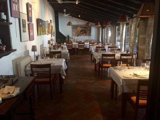 Restaurante restaurante casa del arte en simancas con - Restaurante mi casa valladolid ...