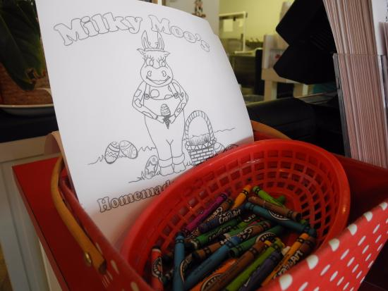 Troy, AL: Easter themed coloring sheets!