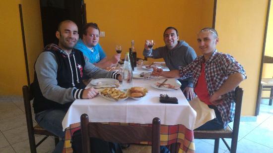 Корвара, Италия: Gli amici tartufai