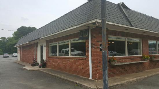 Gus Sir Beef Restaurant