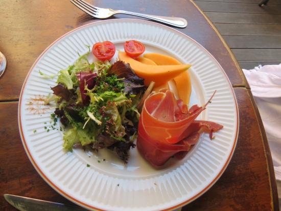 Entree Melon Avec Jambon Cru Photo De Cafe Restaurant Du Soleil