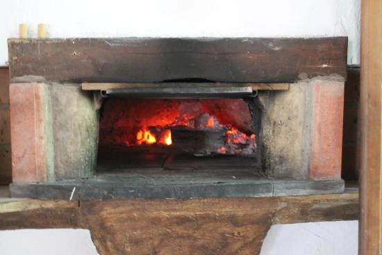 Olivetta San Michele, Italia: Forno a legna