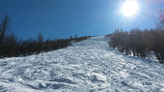 Usseglio, อิตาลี: One of the two free-ride slopes accessible from the chairlift top