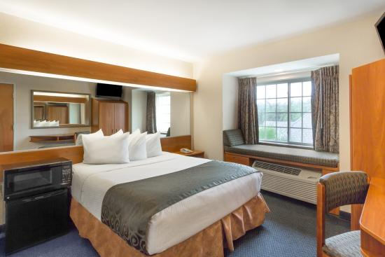 Microtel Inn & Suites by Wyndham Houma: Single Queen Room