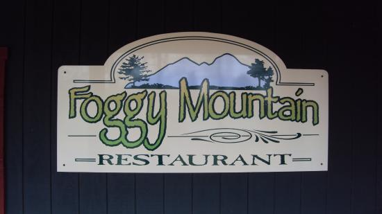 Stahlstown, Pensilvanya: Foggy Mt. Lodge Restaurant