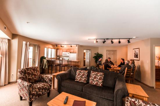 Polaris Lodge: Two bedroom Suite