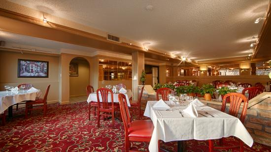 BEST WESTERN PLUS Murray Hill Hotel & Suites: Restaurant