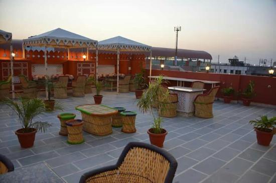 Hotel Laxmi Niwas: FB_IMG_1463004123223_large.jpg