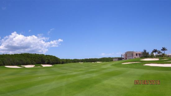 Puerto Cancun Golf Course: Fairway views