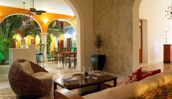 Hotel Merida Santiago