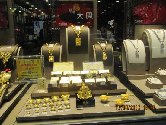 Mengapa Toko Perhiasan Tidak Suka Pelanggan Berpengetahuan