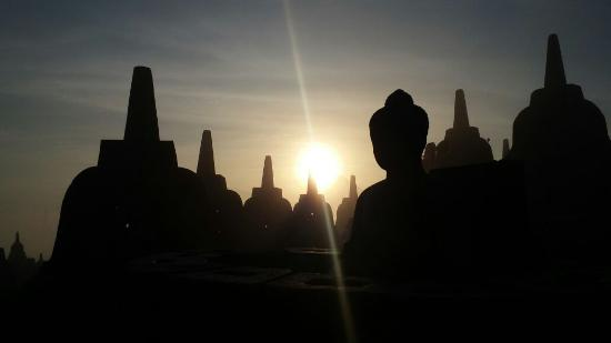 Lovely Borobudur Tours