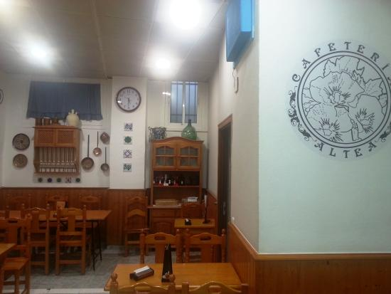 Province of Cordoba, Spagna: CAFETERIA ALTEA INTERIOR LOCAL