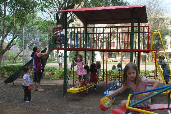 crianças brincando - Foto de Praça do Papai Noel, Lajeado - Tripadvisor