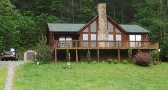 Cosby Creek Cabins: Moosetraxs