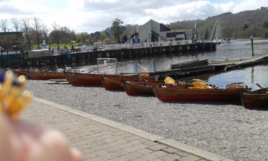 Bowness-on-Windermere, UK: view of the lake and boats