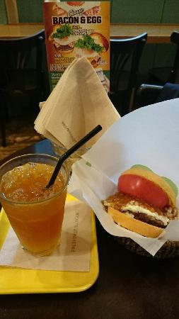 Freshness Burger Ikebukuro G Odori