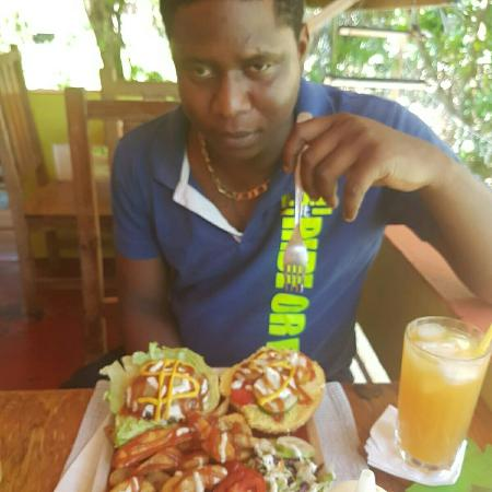 Lambeau, Tobago: This is 1 of the best tasting meal I've ever ate in Tobago... #loveit