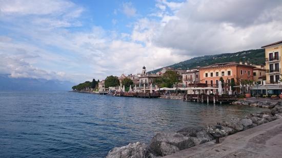 Nettes Kleines Hotel Direkt Am Gardasee Hotel Lido Torri Del