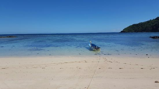 Barefoot Manta Island Resort