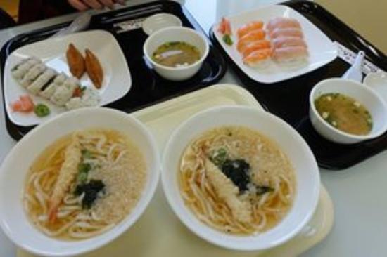 Sushi North: 黃刀負11度底下, 一碗熱烏冬, 倍感溫暖~