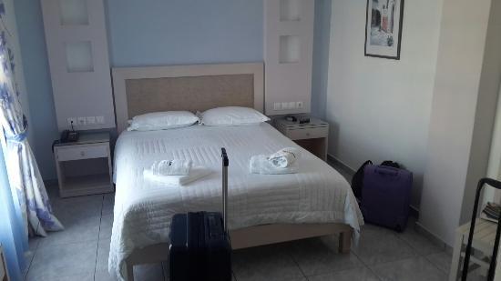 Ilion Hotel: 20150811_142029_large.jpg