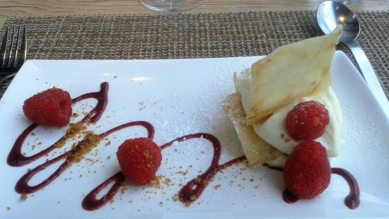 Espace Culinaire Bulthaup : Mille feuille à la mousse de scarpone et framboises