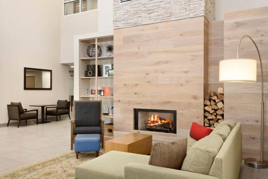 Country Inn & Suites By Carlson, Cool Springs: Lobby