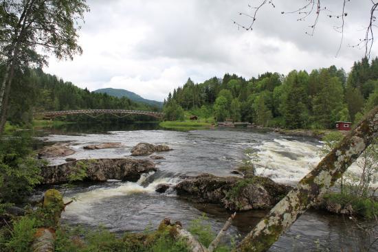 Kjaerra Fossepark (Waterfall Park)