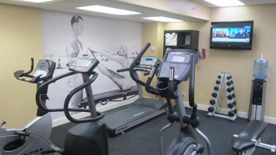 Artmore Hotel: Gym