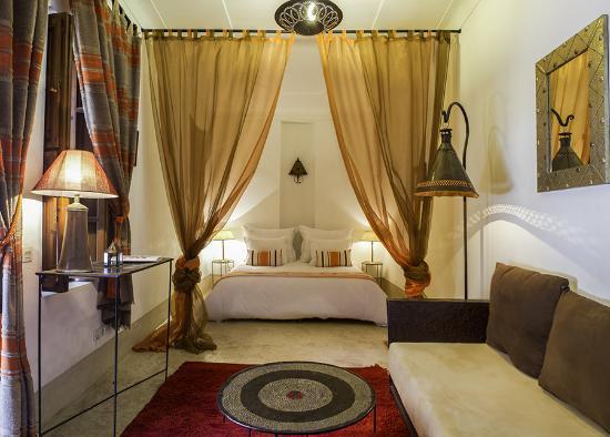 Suite Chamoussa Riad Adika