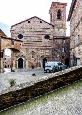 Panicale, Italien: Esterni.