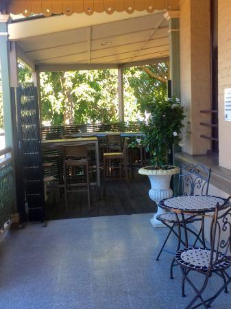 Chandelier Bar & Grill, Brisbane - Restaurant Reviews, Phone ...