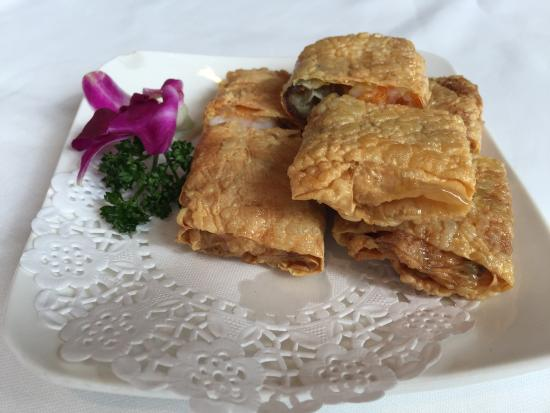 Imperial China Restaurant: Seafood Bean Curd Skin Rolls