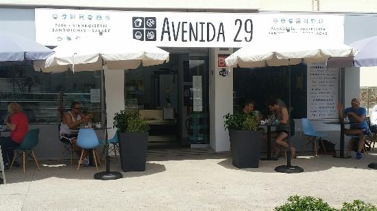 Avenida Restaurante - Cafe