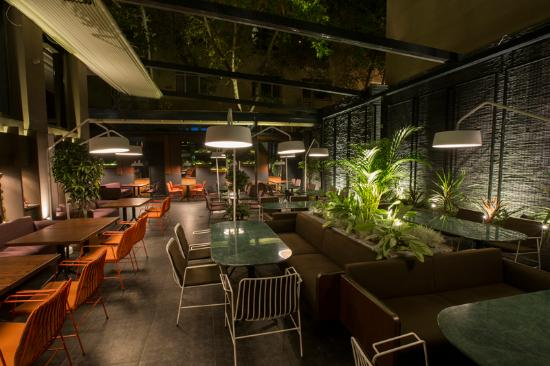 Smokkin Restaurant Bakery Lounge