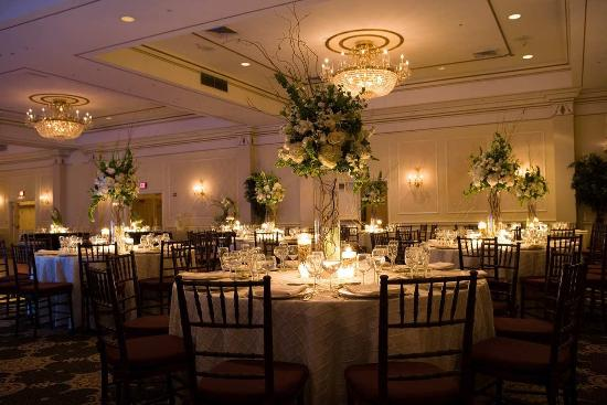 Hilton Pearl River: Grand Ballroom Wedding